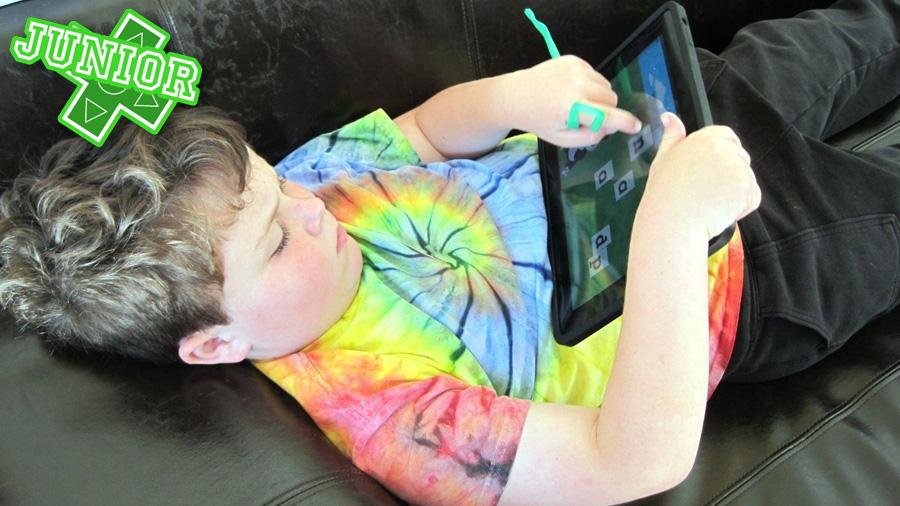 Barnspelen flyr de stationära konsolerna