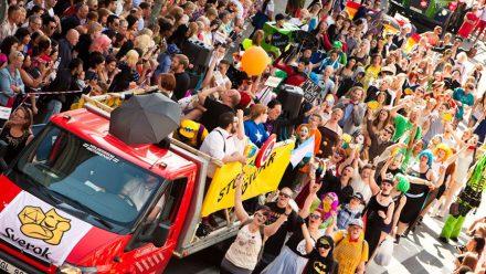 Varför ska nördar gå i Pridetåget?