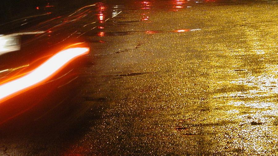 Våt asfalt